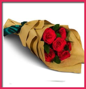 5-roses-in-craft-paper