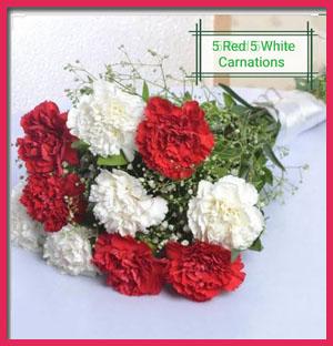 5-red-&amp-5-white-carnations